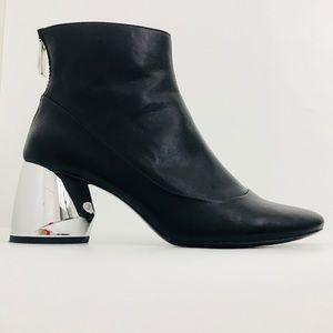 Zara black leather ankle boots Sz 7.5 USA